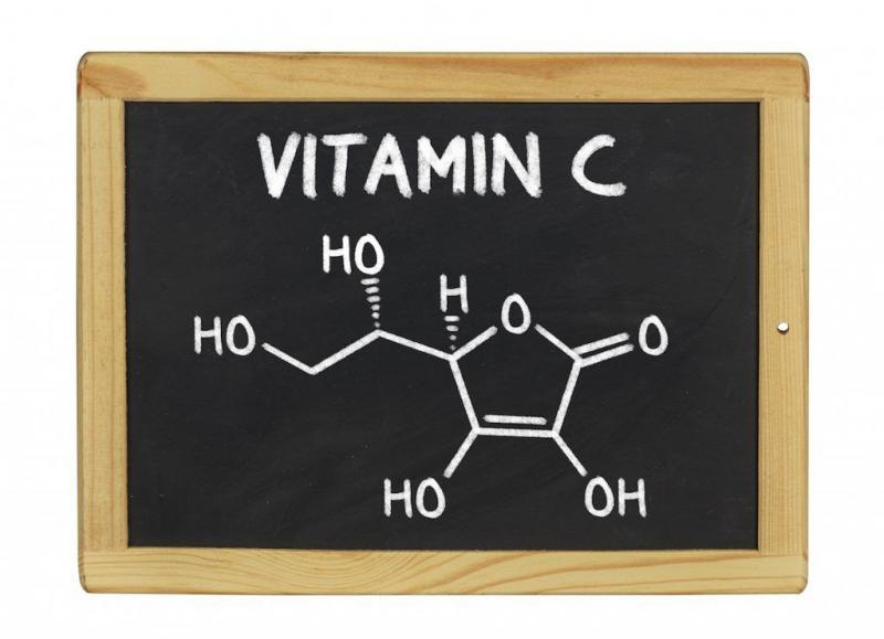 chemical formula of vitamin c on a blackboard