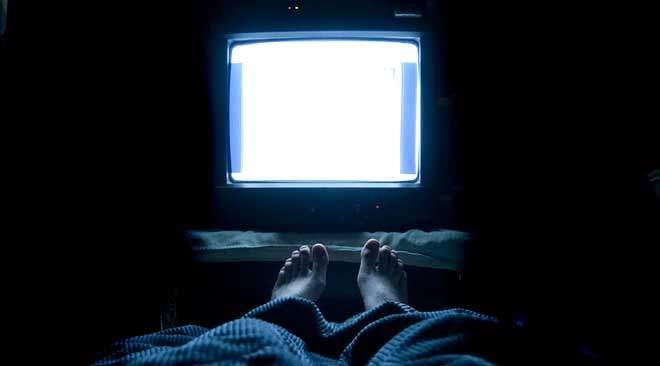 Aludjon teljes sötétségben